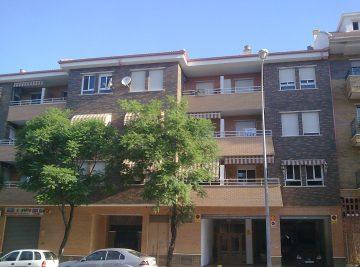 24-viviendas-a-aguilar-av-de-andalucia-aurea-galindo-2