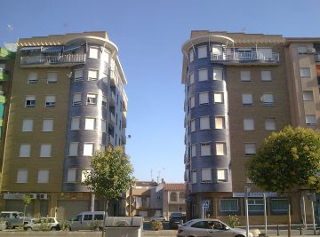 60-viviendas-a-aguilar-pintor-madrazo-1